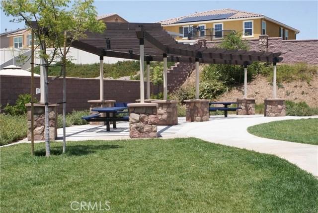 30439 Mahogany Street, Murrieta CA: http://media.crmls.org/medias/59179fc0-64a2-444f-9f24-8024df958fab.jpg