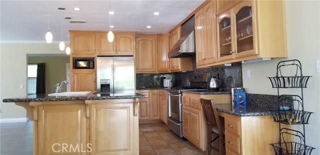 15189 Palisade Street, Chino Hills CA: http://media.crmls.org/medias/591ba1e5-82a7-4059-90c9-339d1c673d4b.jpg
