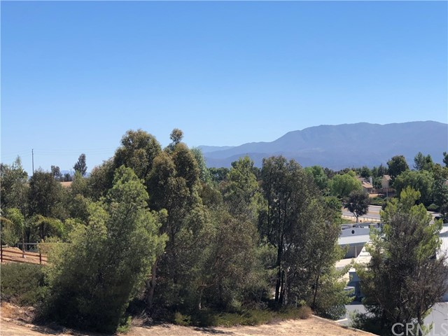 30387 San Pasqual Rd, Temecula, CA 92591 Photo 2