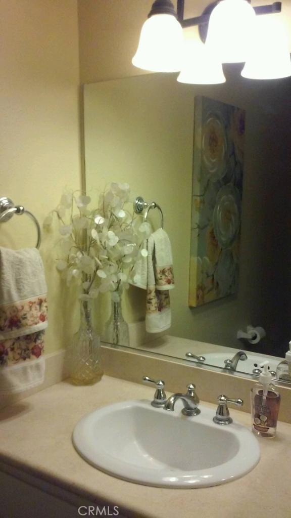 9866 Highland Unit D Avenue, Rancho Cucamonga CA: http://media.crmls.org/medias/5928e9a7-34d9-4c85-82e9-3f9a593f0452.jpg