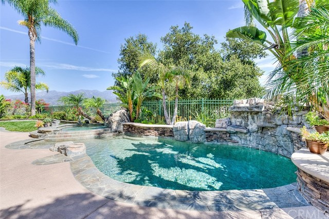 Single Family Home for Sale at 32 Mountain Laurel Rancho Santa Margarita, California 92679 United States