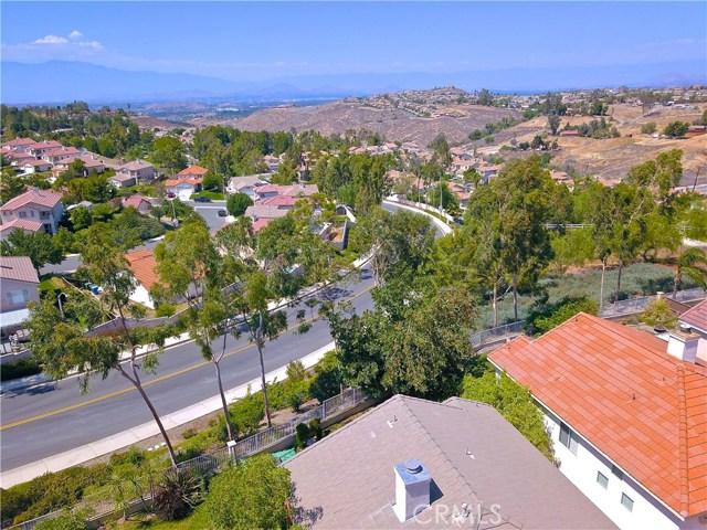 17852 Spring Hill Way, Riverside CA: http://media.crmls.org/medias/59444a43-2ee0-42c0-8f3b-c8cd1ed362fd.jpg