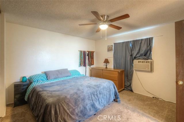 766 Thermalito Avenue, Oroville CA: http://media.crmls.org/medias/5956ad63-5f2d-4a0b-a7d6-79a3ca9f7449.jpg