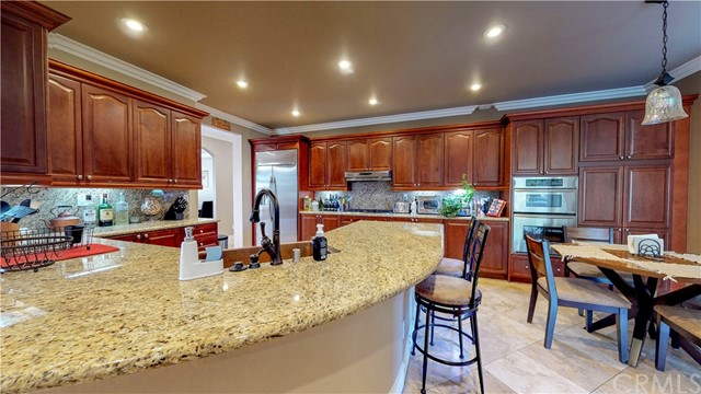 28915 E VALLEJO AVENUE, TEMECULA, CA 92592  Photo 18