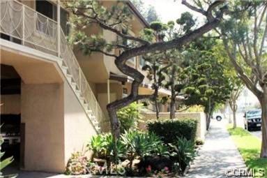 721 Cordova Street, Pasadena CA: http://media.crmls.org/medias/596a6ab5-2cf4-499d-a5f5-ae5e20891d52.jpg