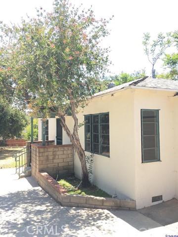 Single Family Home for Rent at 2618 Prospect Avenue La Crescenta, California 91214 United States