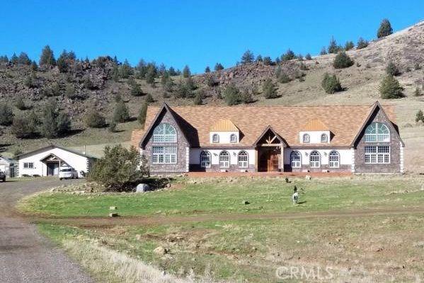 Single Family Home for Sale at 2201 Louie Road E Gazelle, California 96034 United States