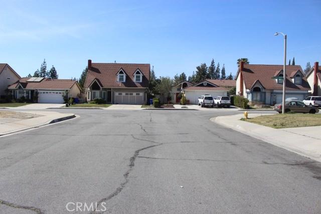 11947 Oakwood Drive Fontana, CA 92337 - MLS #: DW18084946