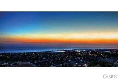 Single Family Home for Sale at 2 Drakes Bay St Corona Del Mar, California 92625 United States