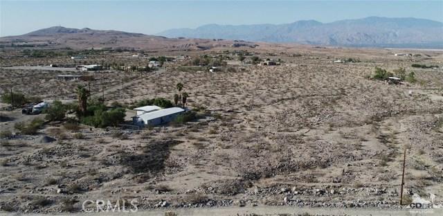 26201 Hopper Road, Desert Hot Springs CA: http://media.crmls.org/medias/59bcd752-1bd3-4228-9e36-80817cc75864.jpg