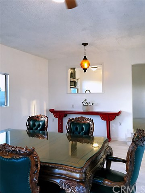 1300 Curtis Manhattan Beach CA 90266