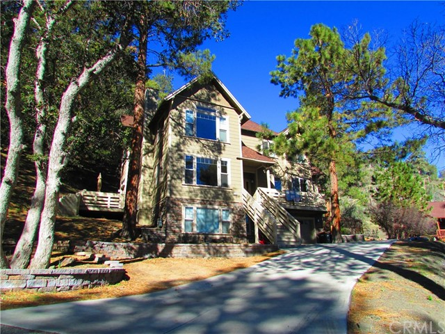 Single Family Home for Sale at 1778 Ash Road Wrightwood, California 92397 United States