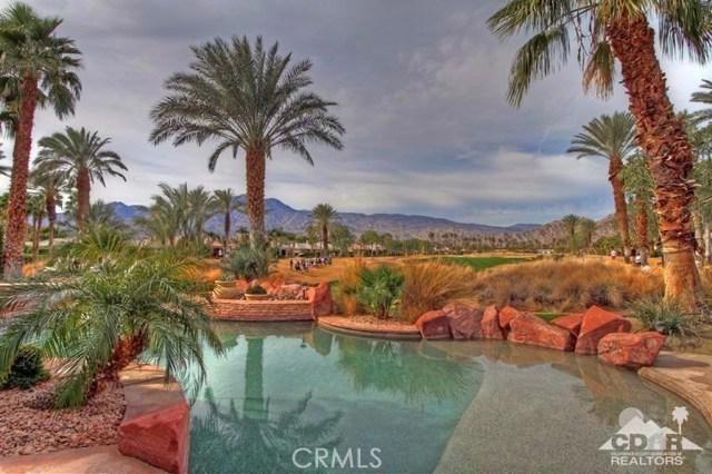 56435 Mountain View Drive, La Quinta CA: http://media.crmls.org/medias/59d6a604-7fe2-43b5-8798-0408b37f5041.jpg