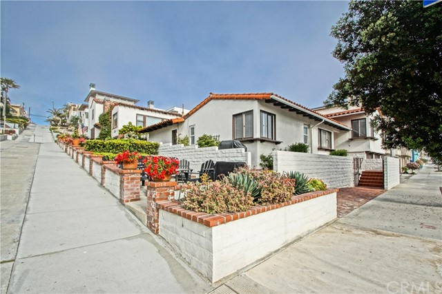 2320 Manhattan Ave, Manhattan Beach, CA 90266