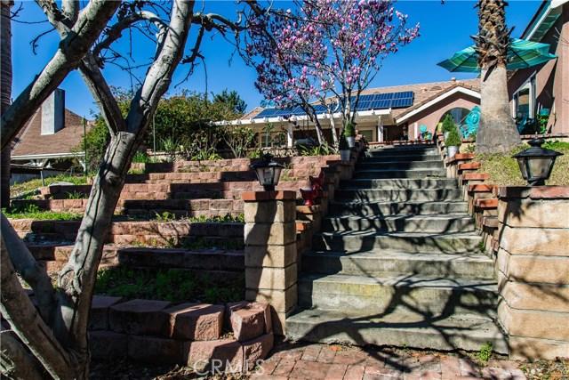 2468 Highland Road, Upland CA: http://media.crmls.org/medias/59db7014-5b1f-44fb-84a8-2844ba3d16e2.jpg
