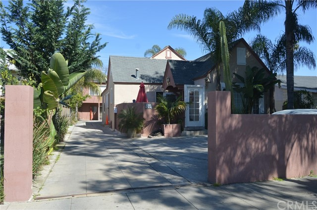 Single Family for Sale at 3173 Perlita Avenue Los Angeles, California 90039 United States