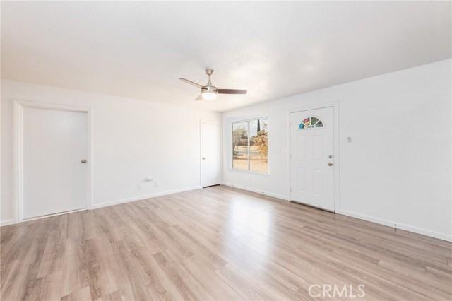 9735 5th Avenue Hesperia CA 92345