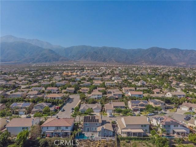 12437 Dapple Drive, Rancho Cucamonga CA: http://media.crmls.org/medias/5a02ce25-b28b-4c67-b9a3-716b3a58a590.jpg