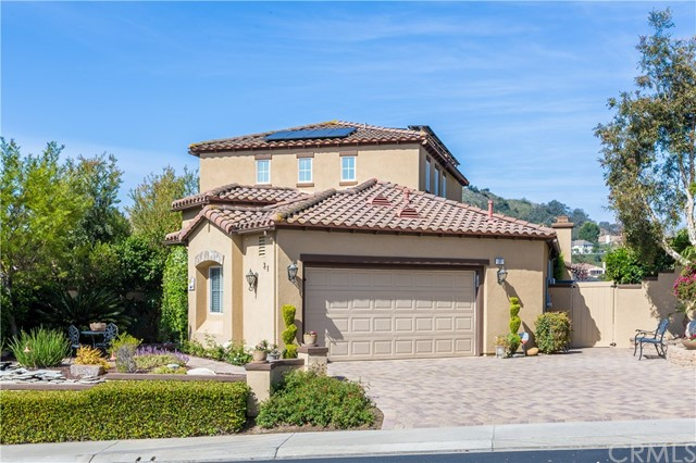 31 Constellation Way , CA 92679 is listed for sale as MLS Listing OC18108662