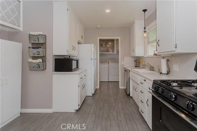 2113 W Hill Avenue Fullerton, CA 92833 - MLS #: PW18024680