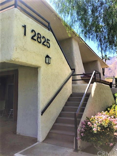 Detail Gallery Image 1 of 26 For 2825 N Los Felices Rd #203,  Palm Springs,  CA 92262 - 1 Beds | 1 Baths