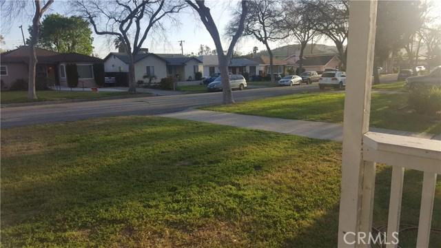 236 E 42nd Street, San Bernardino CA: http://media.crmls.org/medias/5a211b94-b3a7-47a0-af24-0e6ec811e14d.jpg