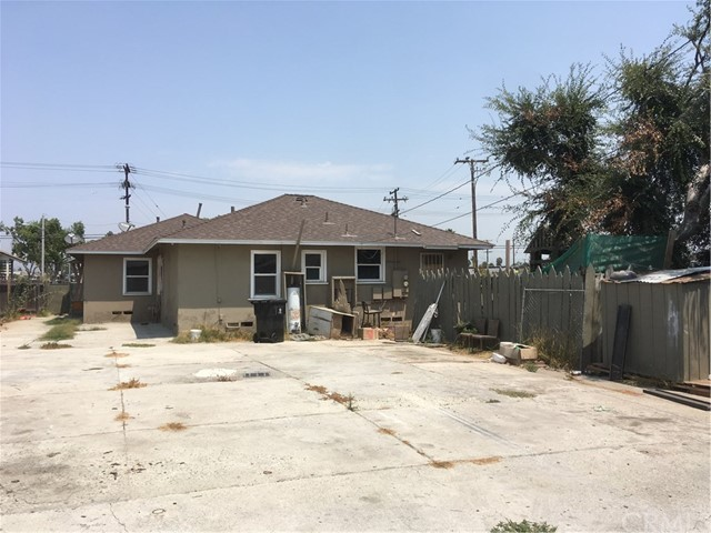 432 E 135th Street, Los Angeles CA: http://media.crmls.org/medias/5a28d671-7a6e-4946-8748-cd74d61974fb.jpg