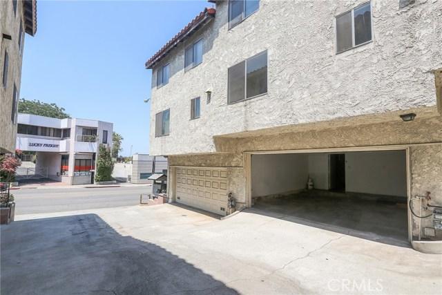 444 S Garfield Avenue, Monterey Park CA: http://media.crmls.org/medias/5a360321-76d7-4201-b50c-11bd26b3efb0.jpg
