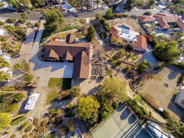 42090 Granite View Drive, San Jacinto CA: http://media.crmls.org/medias/5a4658b3-b1fa-42fa-ab48-7d6c8faa6c47.jpg