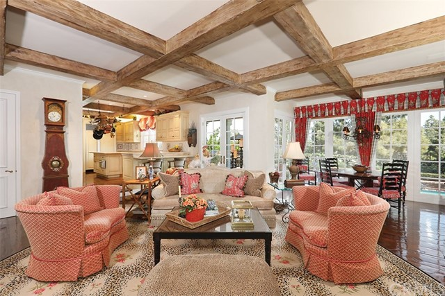 4 Cherry Hills Lane, Newport Beach CA: http://media.crmls.org/medias/5a615fcd-6b83-439e-85dd-a0c8e541ffcf.jpg