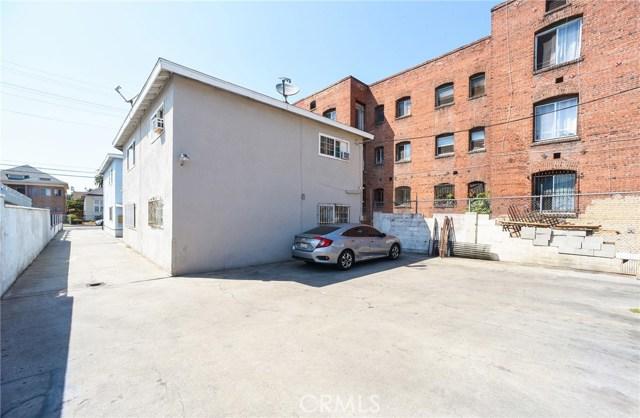 1340 S Union Avenue, Los Angeles CA: http://media.crmls.org/medias/5a6a6b15-6211-4ea9-bd2f-aaabb697bef7.jpg