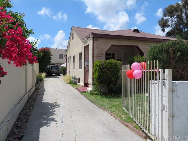Photo of 2533 Carmona Avenue, Los Angeles, CA 90016
