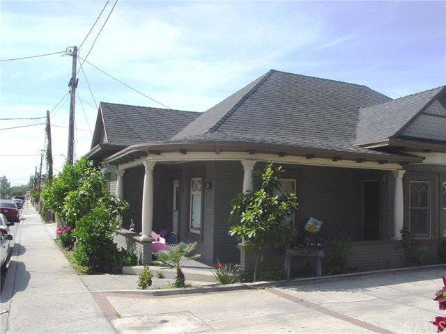 218 S Hewes Orange, CA 92869 is listed for sale as MLS Listing OC16119298