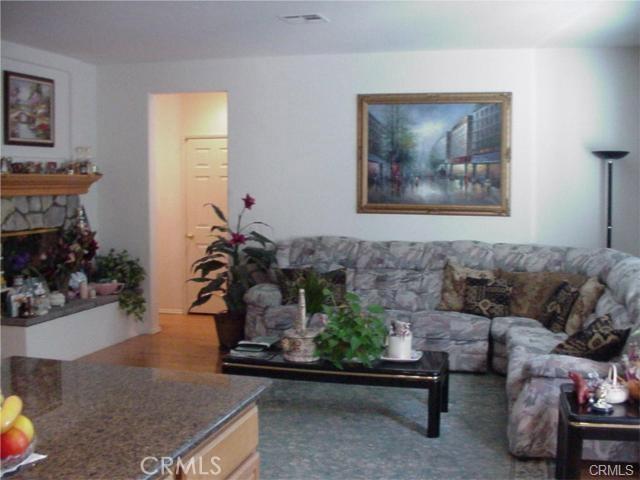 12224 Wembley Court, Rancho Cucamonga CA: http://media.crmls.org/medias/5a854f56-e3ab-4a81-8863-c2ab1bf95e4e.jpg