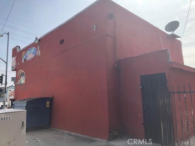 1158 E 88th Place, Los Angeles CA: http://media.crmls.org/medias/5a89864d-8d67-4a28-9708-86d9b4e9c3ea.jpg