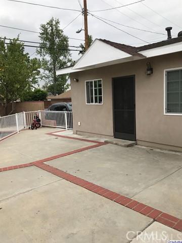 11628 Balboa Boulevard, Granada Hills CA: http://media.crmls.org/medias/5a8cb05a-4664-4990-9e84-bf99079bfb54.jpg