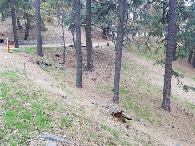 0 Elliot Road, Crestline CA: http://media.crmls.org/medias/5a8d784f-0675-4d39-bf30-af91101b74df.jpg
