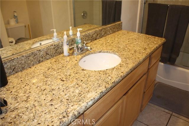 117 Clarissa Avenue, Avalon CA: http://media.crmls.org/medias/5a921db2-e311-403b-b53d-48a58f7c6e99.jpg