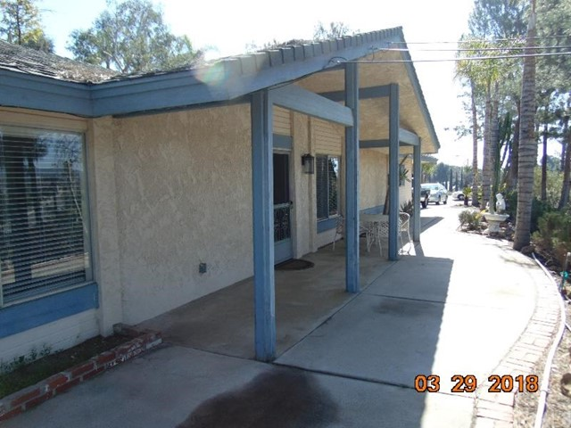 27000 Crews Hill Drive Menifee, CA 92586 - MLS #: SW18083046