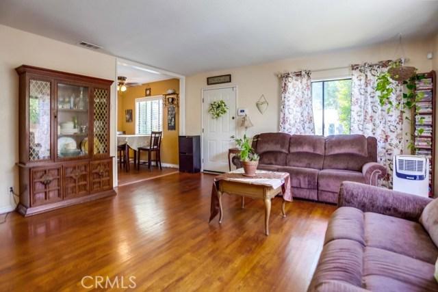 14726 Allingham Ave, Norwalk CA: http://media.crmls.org/medias/5a9accdd-db6c-46b5-bebb-0be85c04a48d.jpg