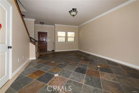 56 S Craig Avenue, Pasadena CA: http://media.crmls.org/medias/5a9b9615-f823-44f2-b1a2-04a987357ead.jpg