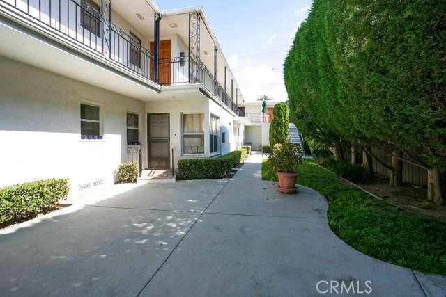 1047 E 1st Street, Long Beach CA: http://media.crmls.org/medias/5a9f0ea9-1096-45fd-9b58-dd2be01f9e68.jpg
