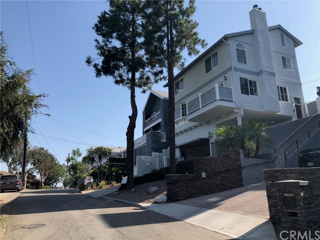 , CA  is listed for sale as MLS Listing WS18144040
