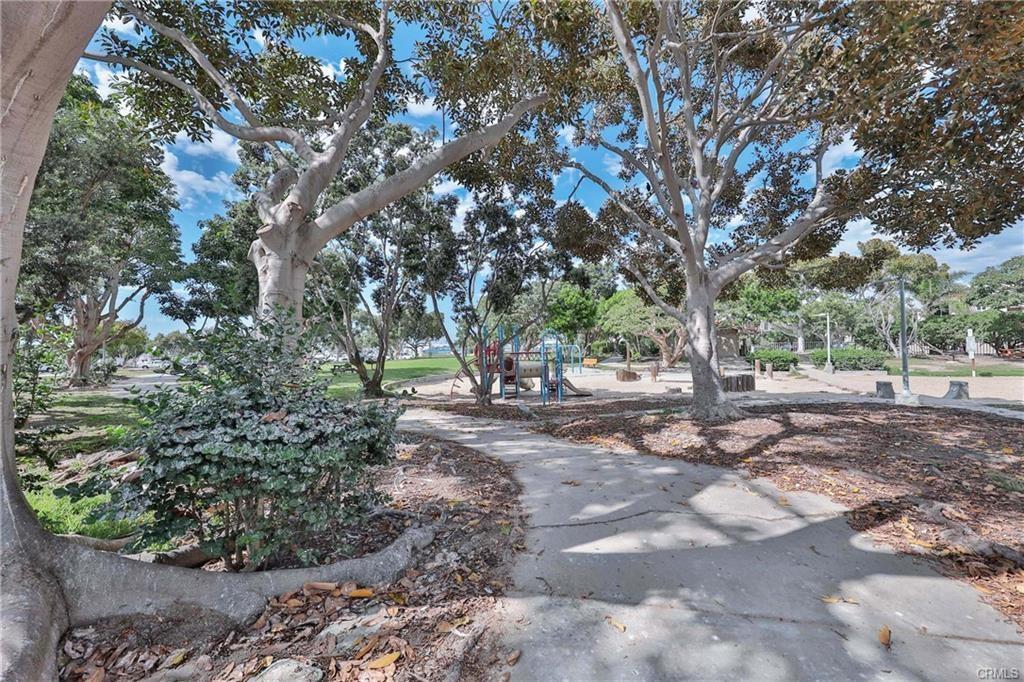 3294 Tempe Drive, Huntington Beach CA: http://media.crmls.org/medias/5aae8447-0f65-4e67-8a4d-b548a07358e3.jpg