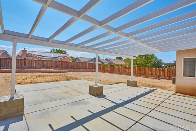 13002 Spelman Drive, Victorville CA: http://media.crmls.org/medias/5ab2d5e7-f7ff-473a-92a6-2efa6664c86f.jpg