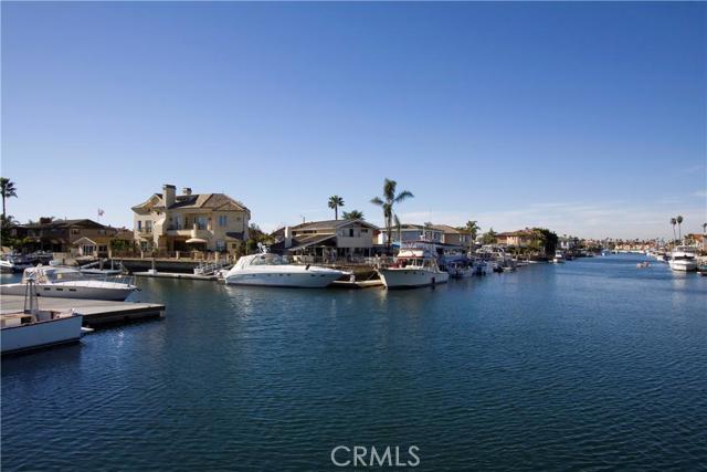 Single Family Home for Rent at 3262 Falkland St Huntington Beach, California 92649 United States