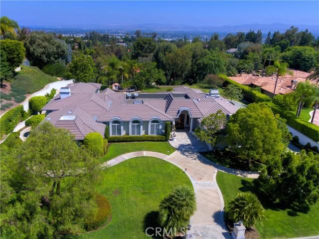 独户住宅 为 销售 在 5121 E Copa De Oro Drive Drive Anaheim Hills, 加利福尼亚州 92807 美国