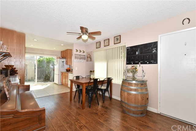 835 S Coventry Dr, Anaheim, CA 92804 Photo 9