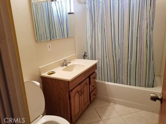 24136 Sage Avenue, Boron CA: http://media.crmls.org/medias/5ac7a114-043c-4626-b1c3-a5775667d300.jpg