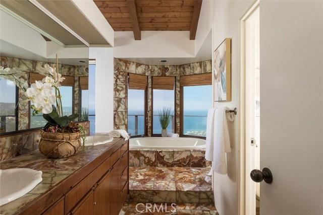 102 Vista Del Sol Laguna Beach, CA 92651 - MLS #: OC17215227